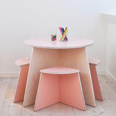 Circle Table & Stools Set