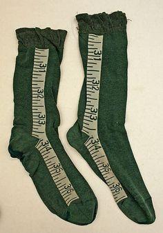 Measuring tape / ruler | Socks in green