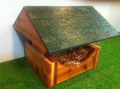 Feral Cat Sancntuary Heated House Bed by stabob on Etsy, $229.00