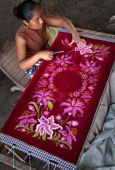 Flores de Terciopelo, del Istmo de Tehuantepec.