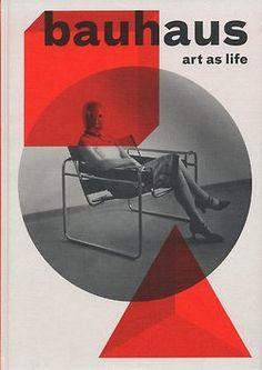 Revista de la Bauhaus, con la silla Vassilly de Walter Gropius en la portada. Siglo XX.  #Esmadeco.