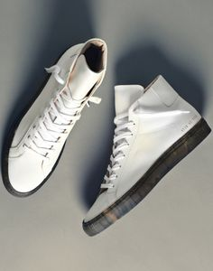 Fashion Men's Shoes. Sneakers. common projects