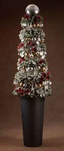 O'Tannenbaum Topiary Tree: Project and Design Master Giveaway #XmasKickoff