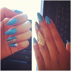 #blue #gold #nails