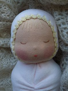 Swaddled baby Waldorf inspired by Revesdepoupees on Etsy, €30.00