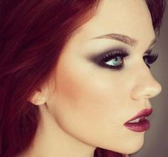 Gorgeous makeup. <3