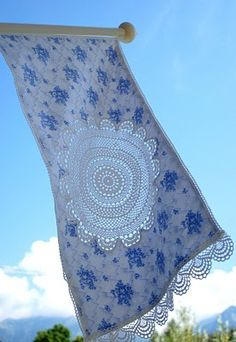 Crochet lace flag from Mamas Kram