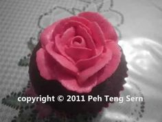 Buttercream Rose, how to pipe!