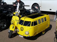 Scooter & VW Bus sidecar