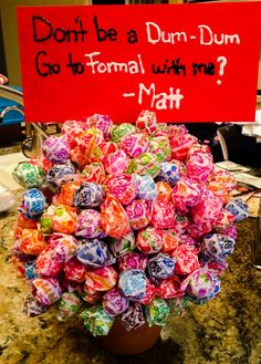 Ways to ask someone to a dance... Prom/formal ideas