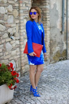 Bold cobalt with one red accessory - Fashion and Cookies