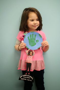 Celebrating Earth Week. What do you want to protect most? A handprint activity great for building critical thinking, fine motor control, and making connections.
