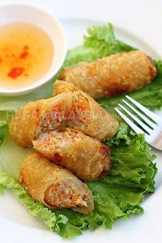 Vietnamese Spring Rolls | Cha Gio Recipe | Easy Asian Recipes at RasaMalaysia.com