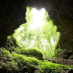 cave state, midwest camping, midwest living, iowa caves, maquoketa caves