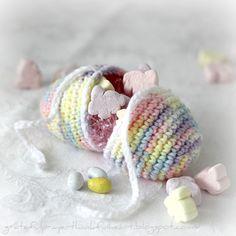Crochet Easter Egg Or white turtle egg
