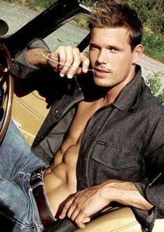 Justin Bruening (ringer) fitness models, sexi, guy, candi, summer travel, jeans, men fashion, hot, man