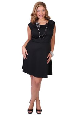 Curvy Girl Fashion short sleeved scoop skater dress with necklace