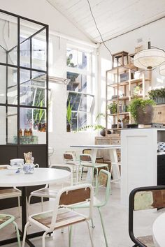 April and May: Take a look: a restaurant in Melborne