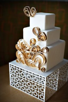 Gold quilling style cake