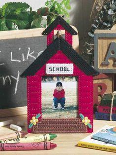 Plastic Canvas - Frames - Schoolhouse Frame