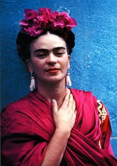 10. The Perfect Do #modcloth #wedding  No one did hair flowers better than Frida.