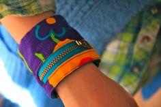 money pouch bracelet