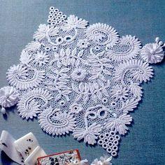 Irish lace in all its glory ...