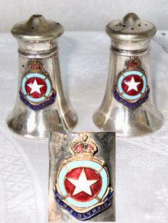 Titanic salt & pepper shakers