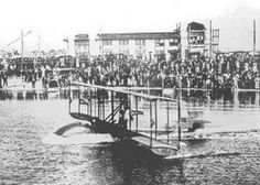 New Year's Day Marks 100 Years Paid Flying TAMPA – On News Year's day 2014 it will be 100 years exactly that the first paying passengers got on board a plane. - See more at: http://www.ndjglobalnews.com/15556/new-years-day-marks-100-years-paid-flying.html#sthash.h2sT3gxo.dpuf
