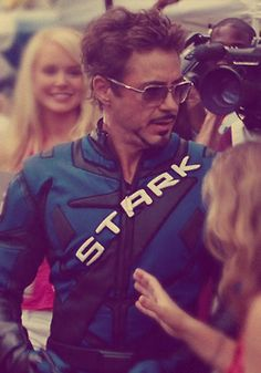 because I just needed to pin a picture of Tony Stark today <3