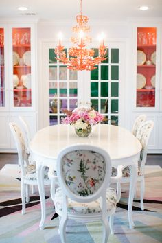Lilac & red dining room, hummingbird fabric, built in china cabinets Design by Bailey McCarthy photo by Kimberly Chau