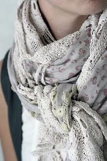 Lace scarf