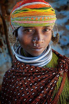 *Bonda woman.  Onkadelli, India.  Photo credit:  Lionid Plotkin.