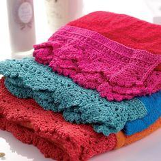 Crochet towel edging, free pattern by Let's Knit.