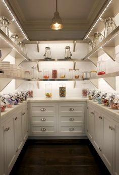 Now that is a #kitchen pantry! Love it.