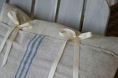 Another Feedsack Pillow Tutorial - Cedar Hill Farmhouse