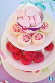 macaron roses