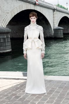 Givenchy Fall 2011 Couture - Runway Photos - Vogue