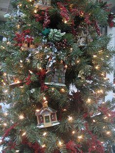 Dickens House Christmas Tree Decorating Ideas