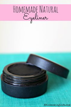 Homemade Natural Eyeliner (& Eyeshadow)