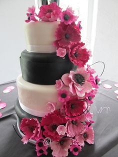 hot pink and black wedding cake