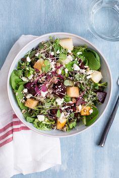 Roasted Beet, Pear and Quinoa Salad / blog.jchongstudio.com