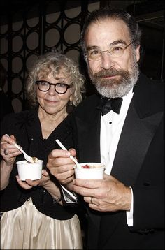 Kathryn Grody and Mandy Patinkin eating...? FroYo? Oatmeal? #TonyAwards