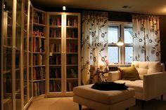 I love cozy rooms!