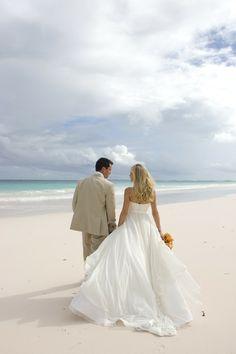 Beautiful #DestinationWedding at Pink Sands Resort #Bahamas I http://www.weddingwire.com/biz/pink-sands-resort-bahamas/portfolio/079d8f1ea444b9e4.html?page=2&subtab=album&albumId=a04625b6e0b8d614#vendor-storefront-content