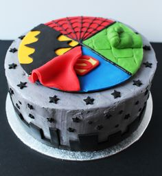 superhero cake | SUPERHERO CAKE 2