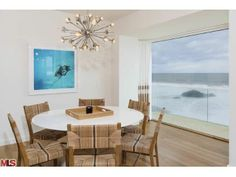 Enjoy your meal as you look out at the Pacific Ocean. Malibu, CA Coldwell Banker Residential Brokerage $14,500,000 meal