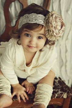 OMG this girl is sooo ADORABLE