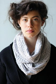 Imogen Cowl by Carrie Bostick Hoge - $4.50