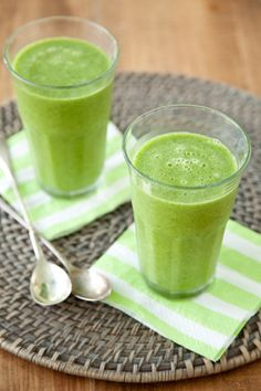 Good Morning Green Smoothie on PaulaDeen.com